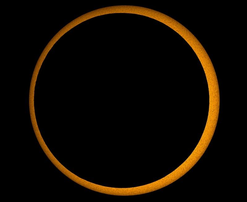 Eclipse annulaire du millénaire