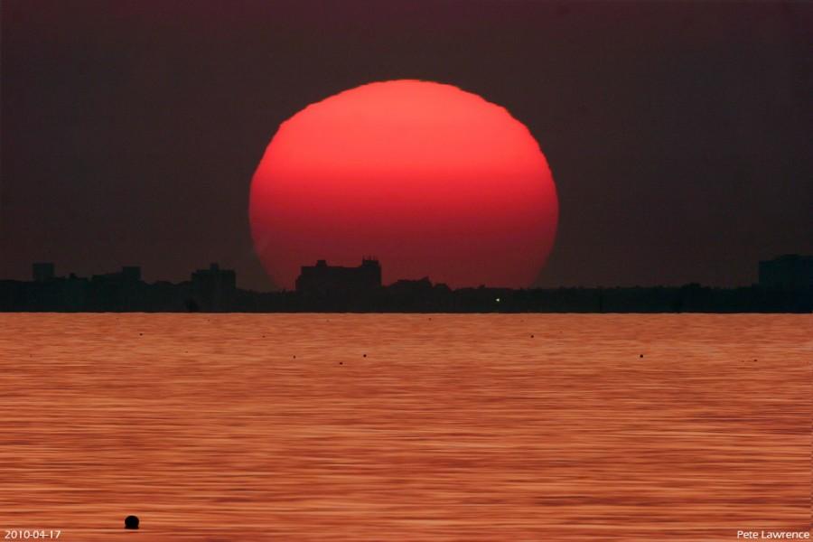 Coucher de Soleil sur une mer d'or