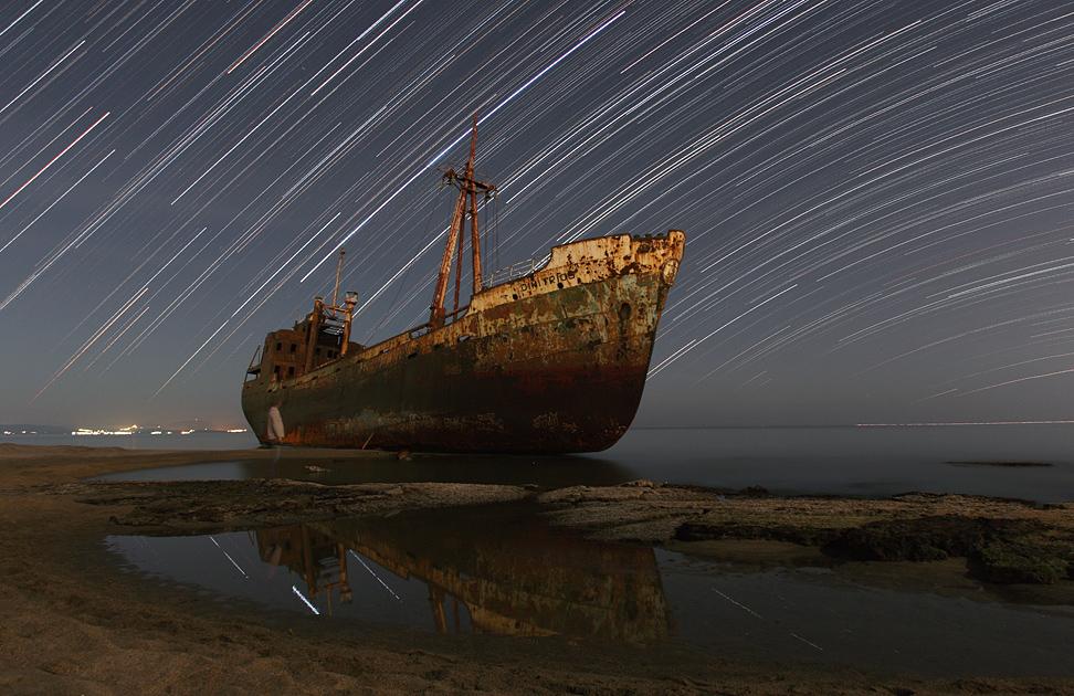 Epave sous les étoiles