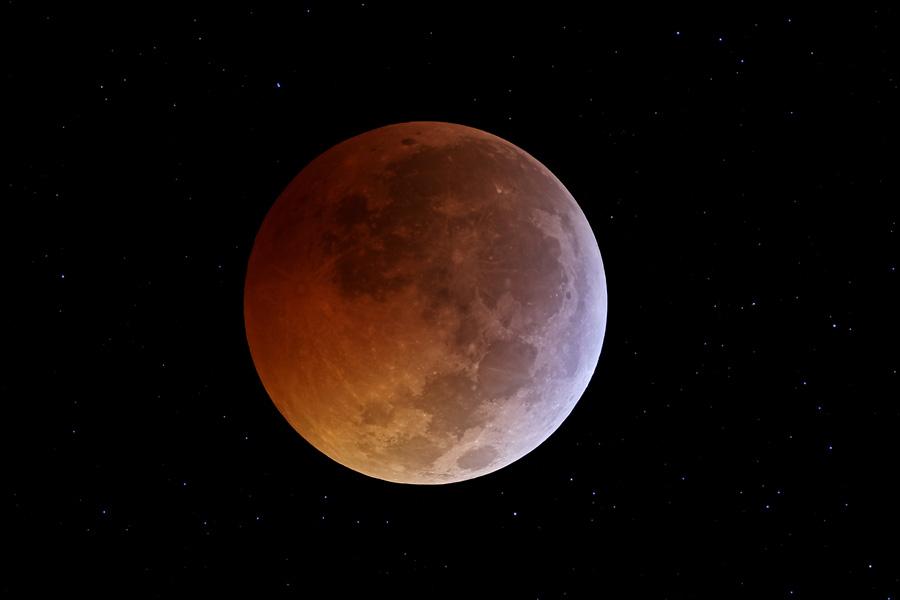 Eclipse de Lune au solstice