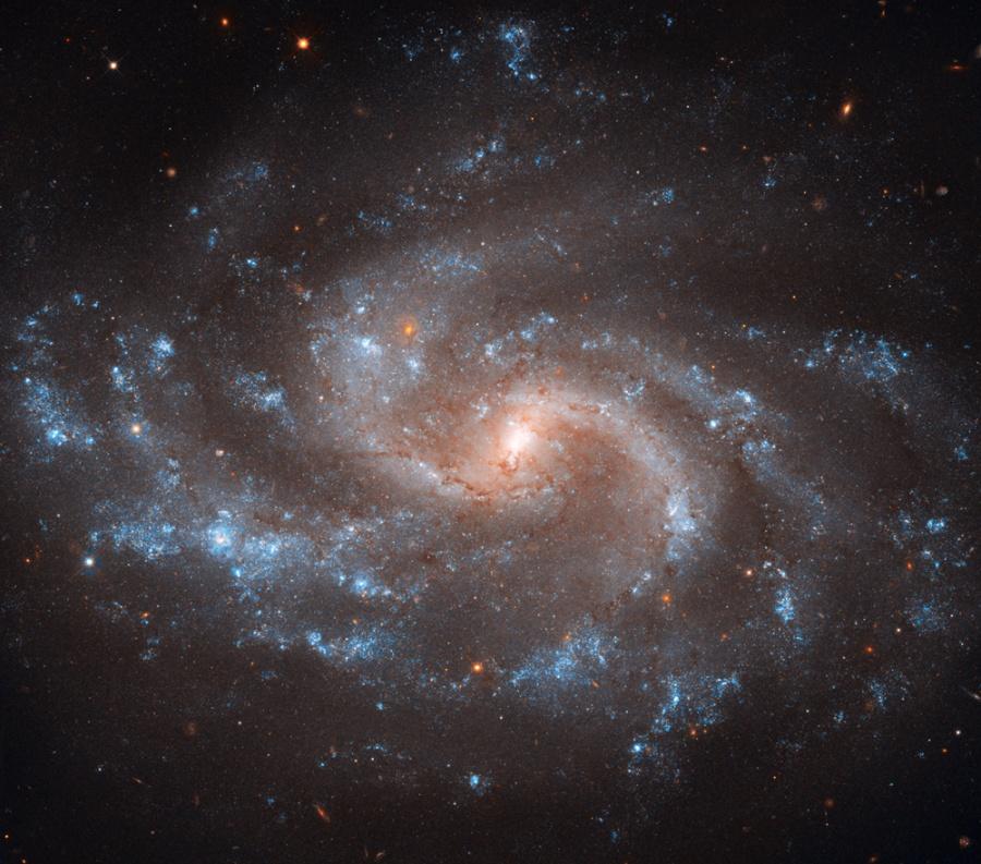 NGC 5584, une certaine idée de l\'expansion de l\'Univers