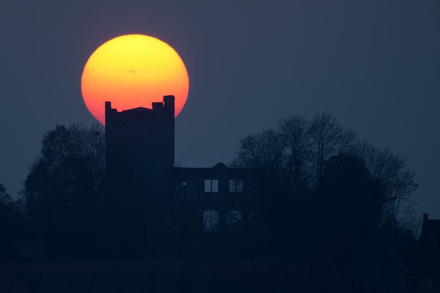 Le Château à la tache solaire
