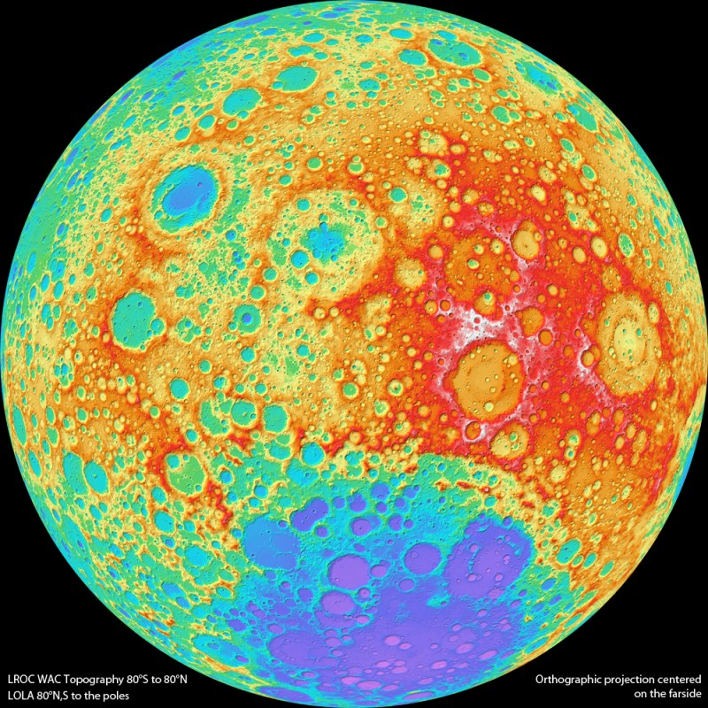 La face colorisée de la Lune