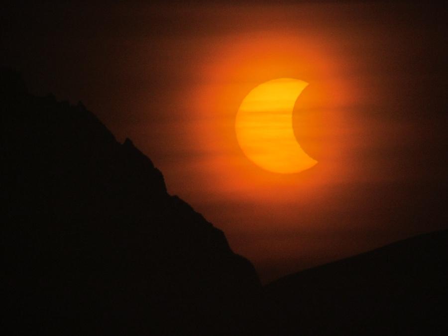 Eclipse de Soleil sur l\'Antarctique