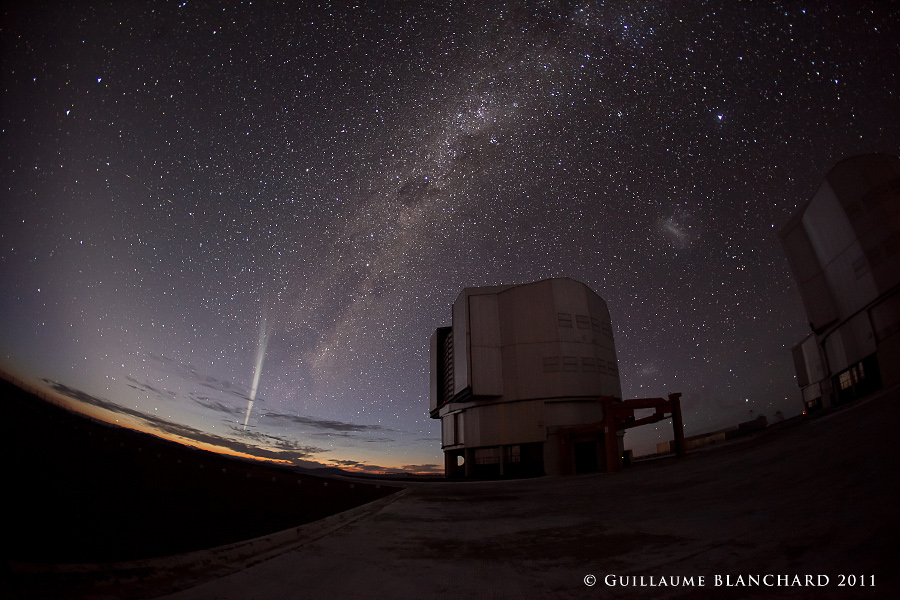 La comète Lovejoy sur le Paranal