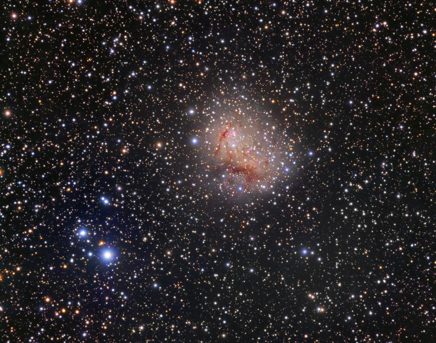 IC 10, galaxie à sursaut de formation d\'étoiles
