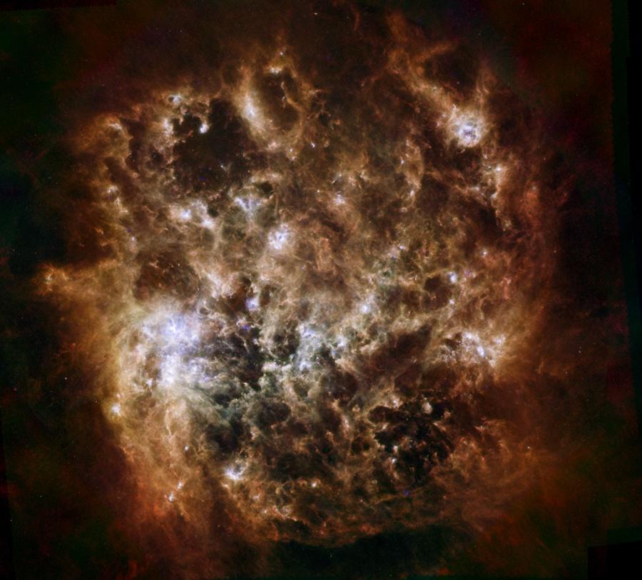 Portrait infrarouge du Grand Nuage de Magellan