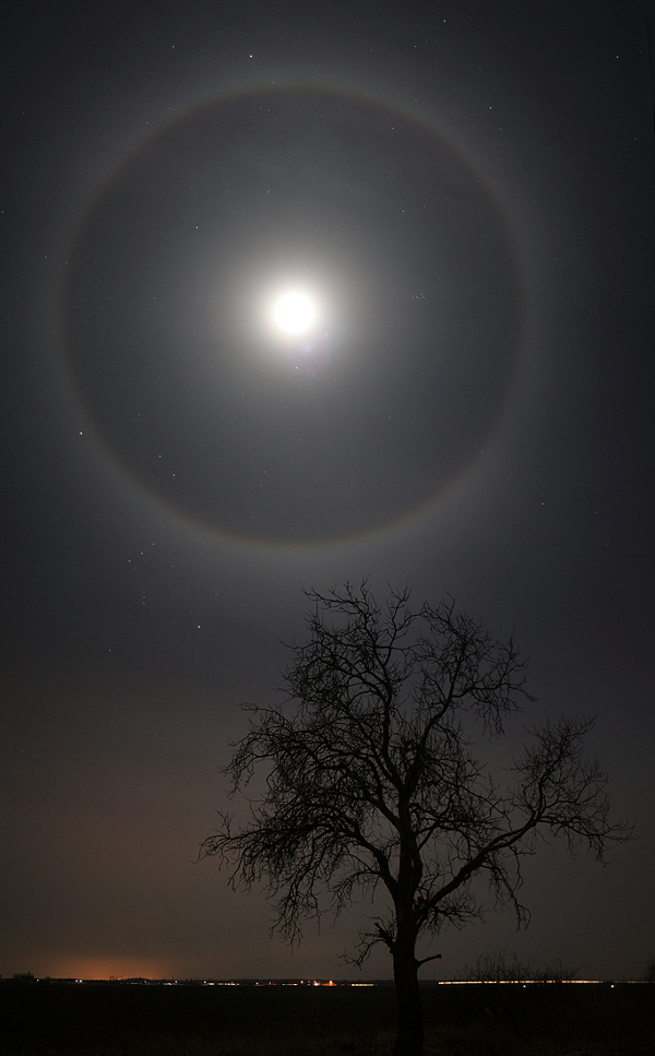 Halo de lune de février