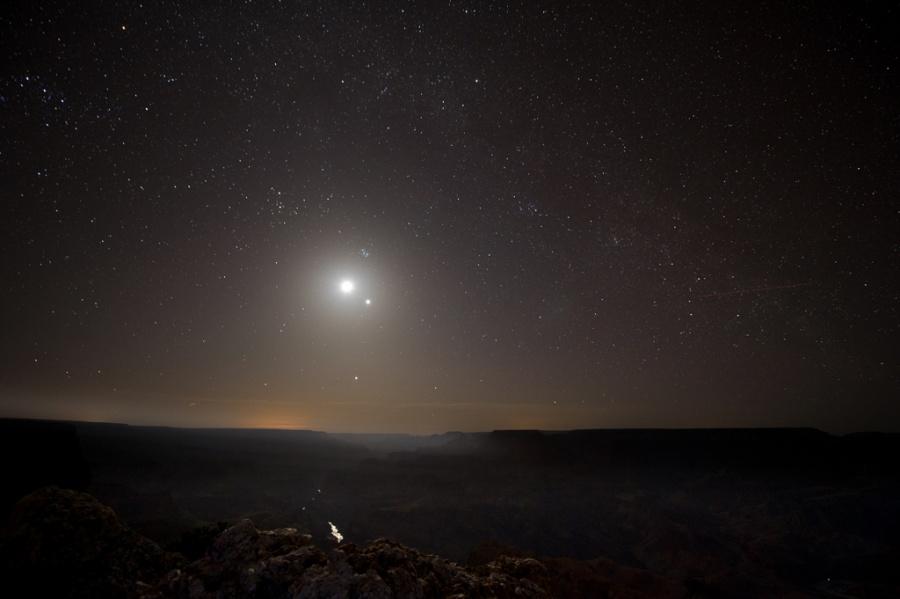 Le Grand Canyon au clair de Lune