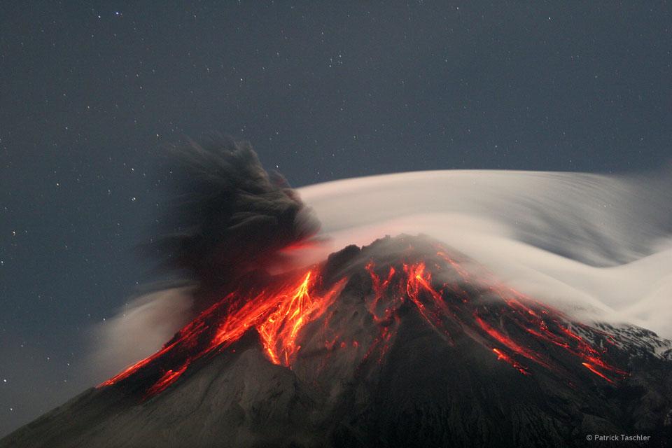 Le Tungurahua entre en éruption