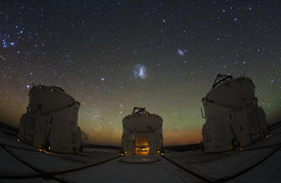 3 télescopes auxiliaires