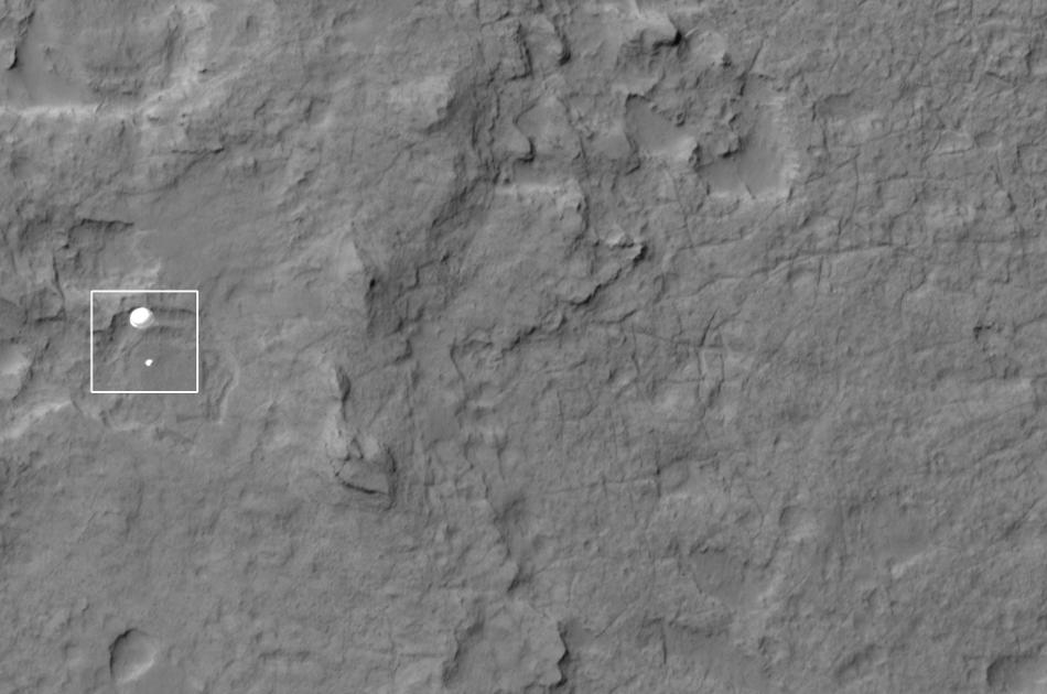 Curiosity saute sur le cratère Gale