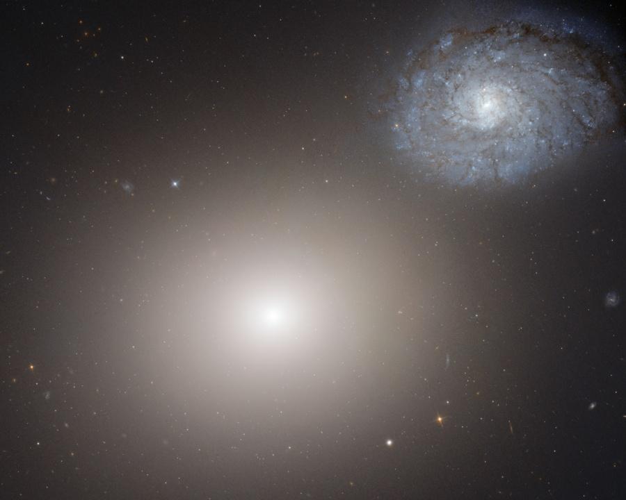 Elliptique M60, Spirale NGC 4647