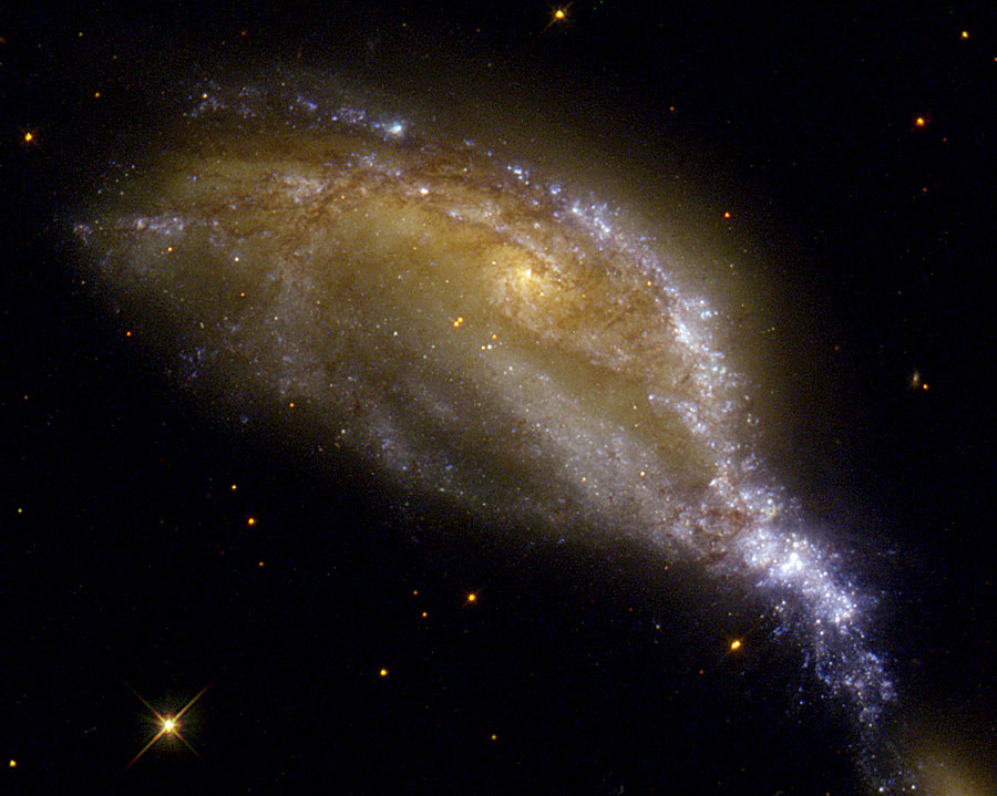 Collision de galaxies dans NGC 6745