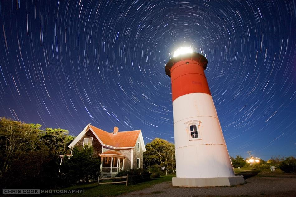 Filé d\'étoiles sur le phare de Nauset