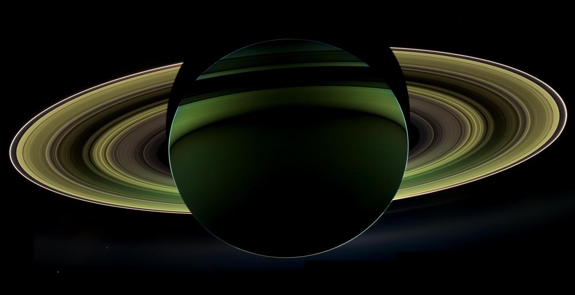 Nuit sur Saturne