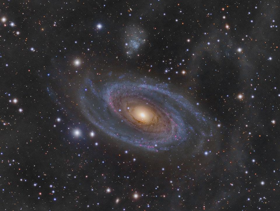 M81 et la boucle de Arp