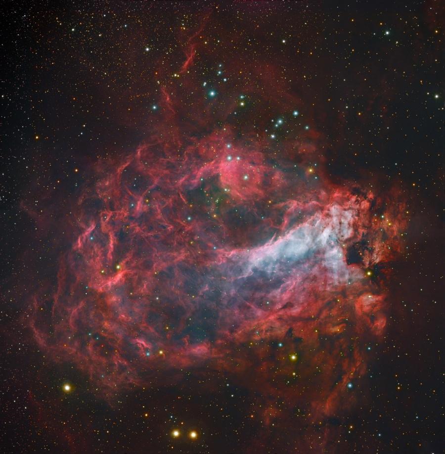 Messier 17, la fabrique d\'étoiles