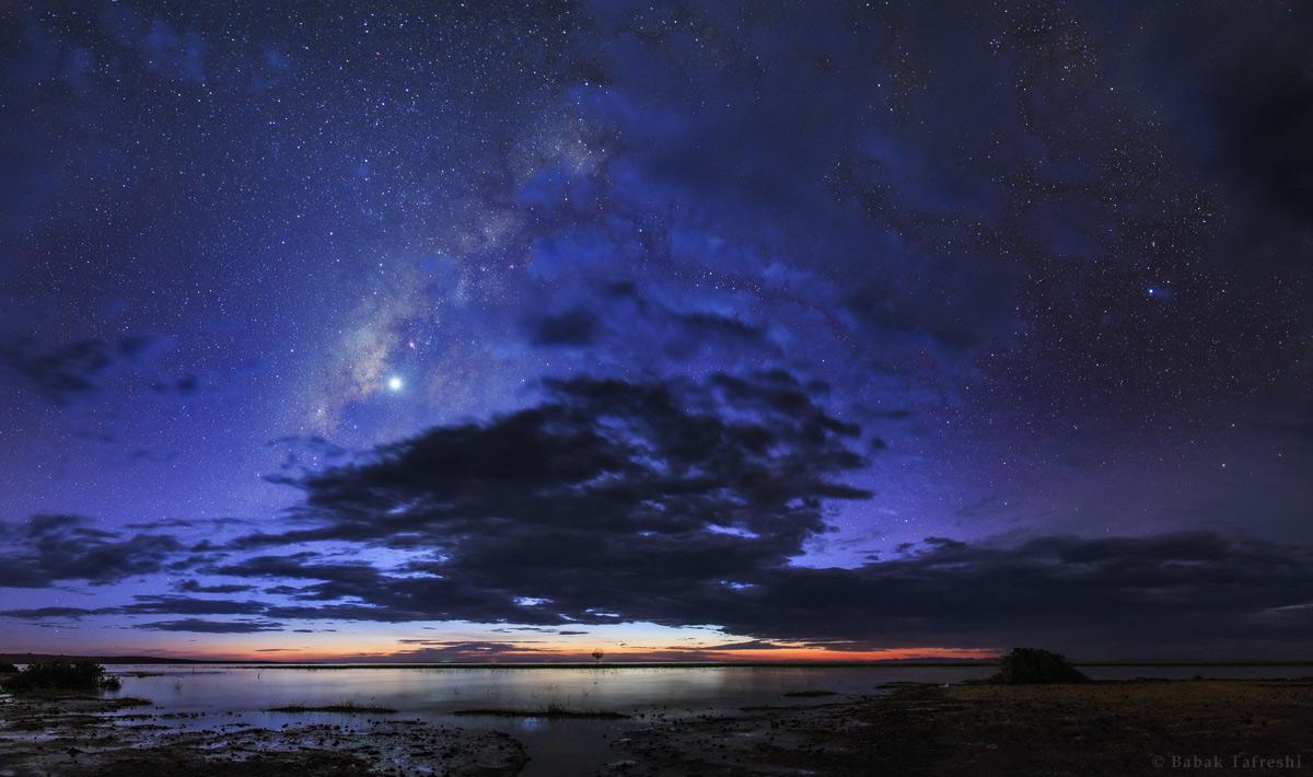 La nuit révèle un univers