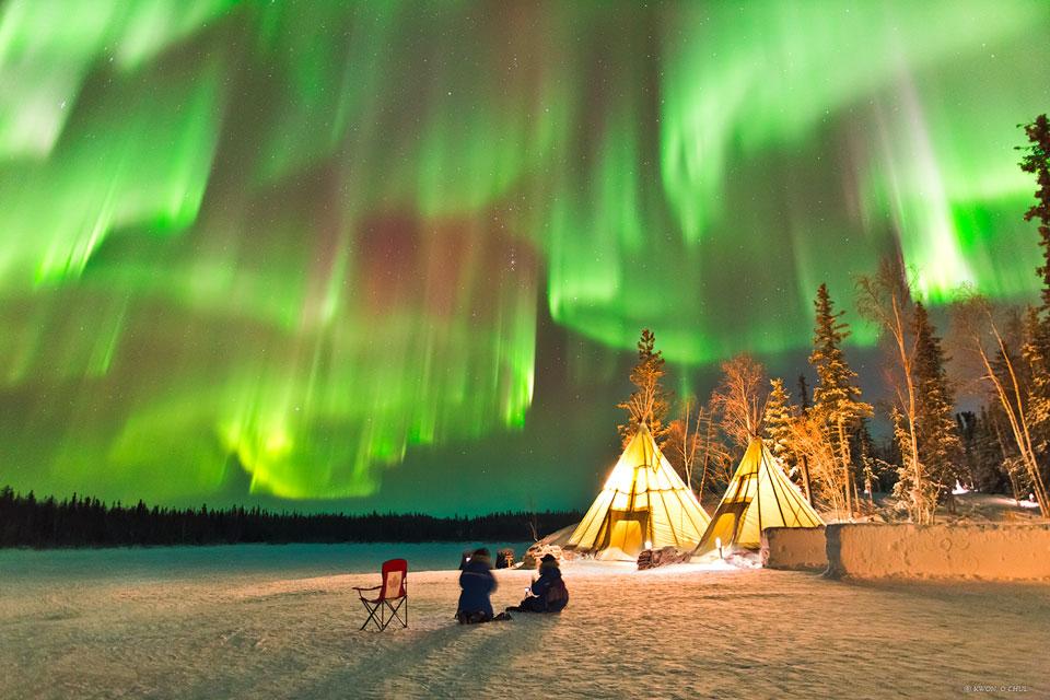 Aurores polaires sur le nord du Canada