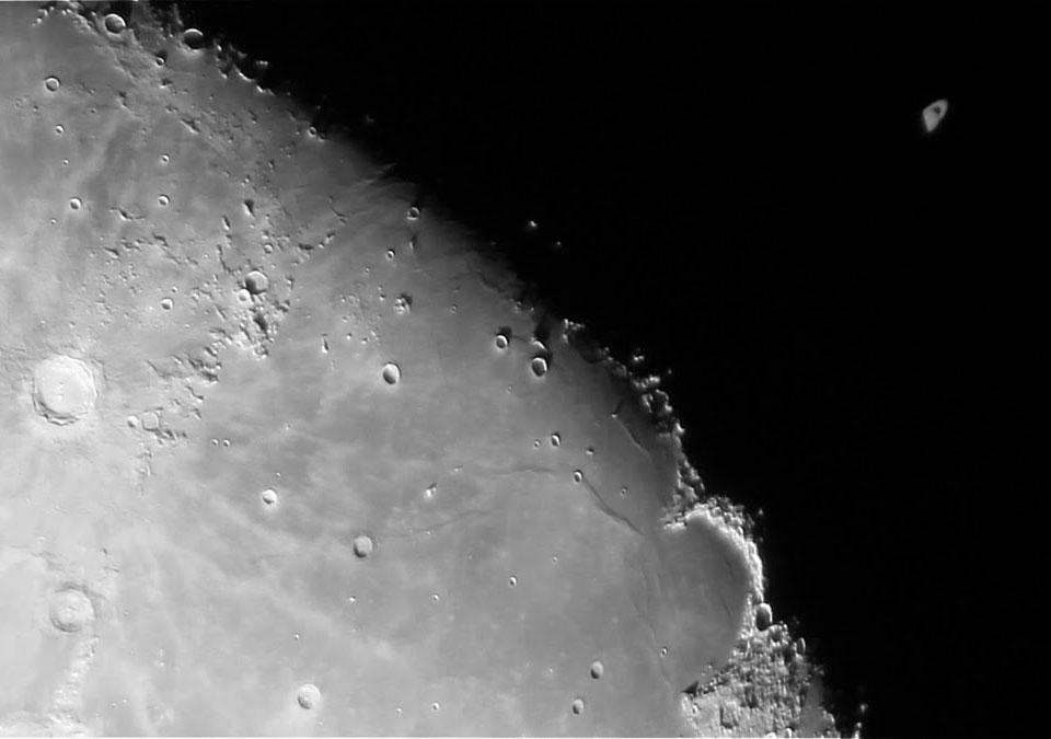 Quand la Lune éclipse Saturne