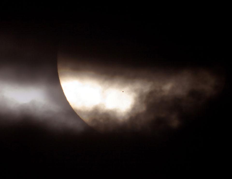 Transit de Mercure, une inhabituelle tache sur le Soleil
