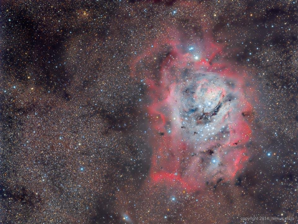 La nébuleuse de la Lagune en étoiles, gaz et poussière