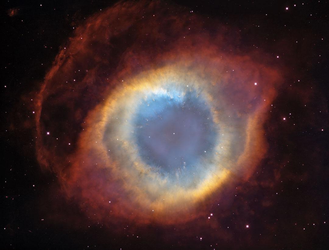 Helix par les télescopes Blanco et Hubble