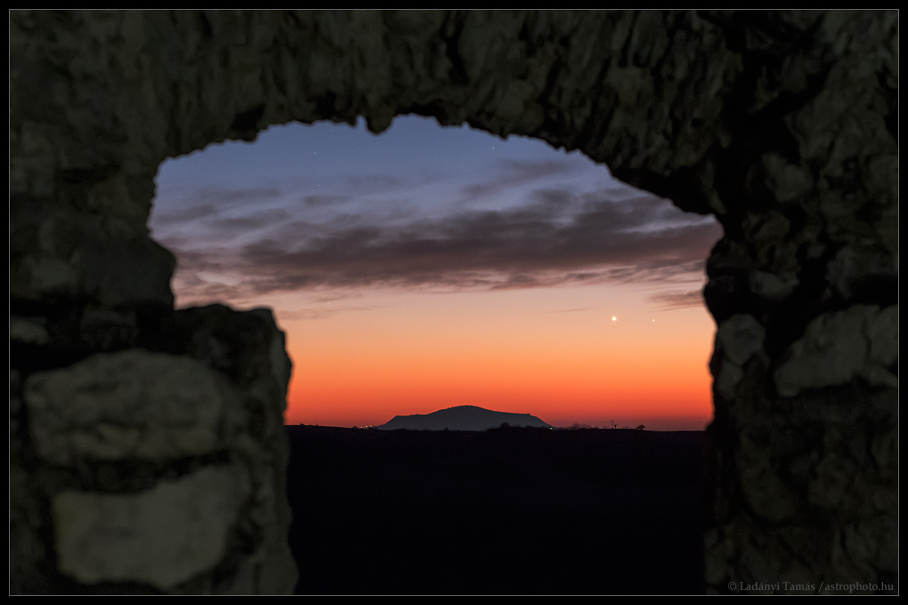 Vénus et Mercure au coucher du Soleil
