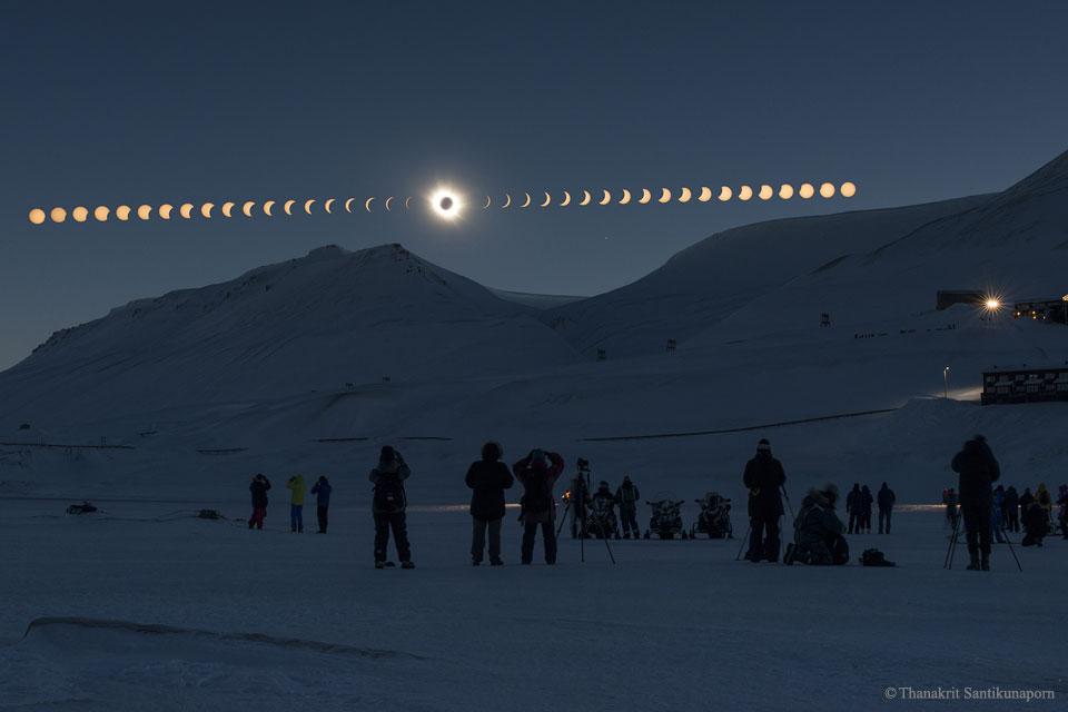 Eclipse totale sur le Svalbard