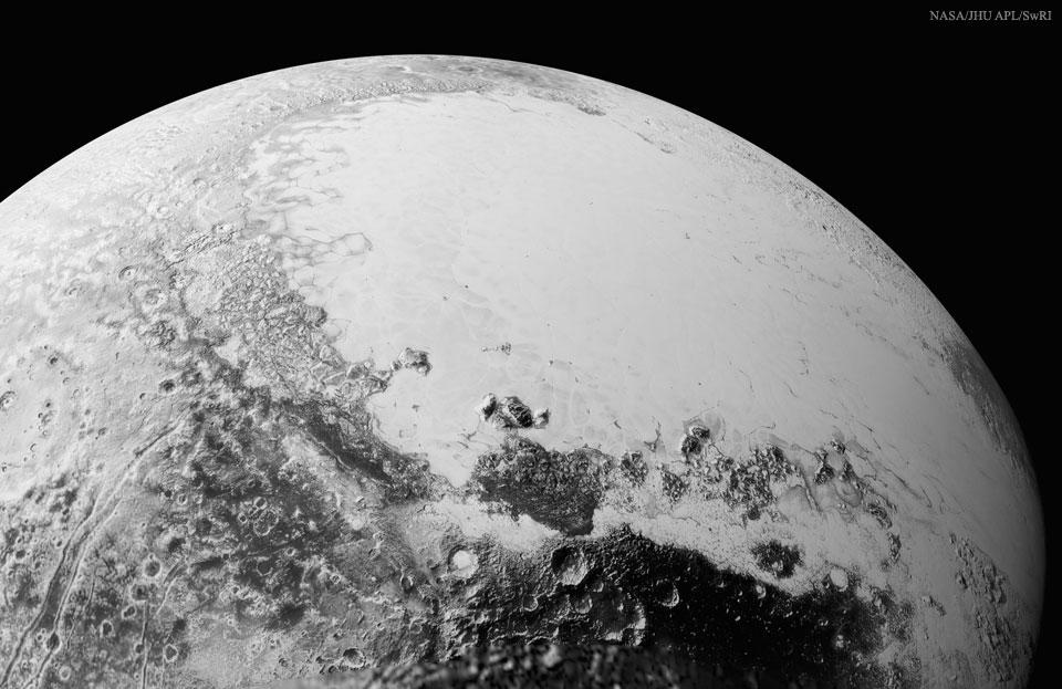 Vol au-dessus de Cthulhu Regio sur Pluton