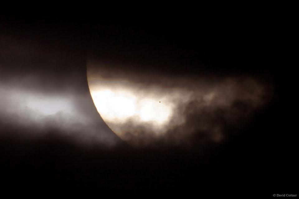 Transit de Mercure, une tache insolite sur le Soleil