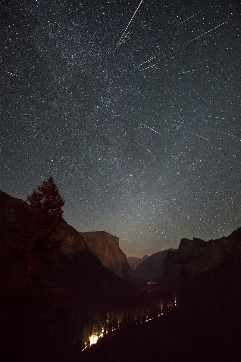 Etoiles filantes sur la vallée de Yosemite