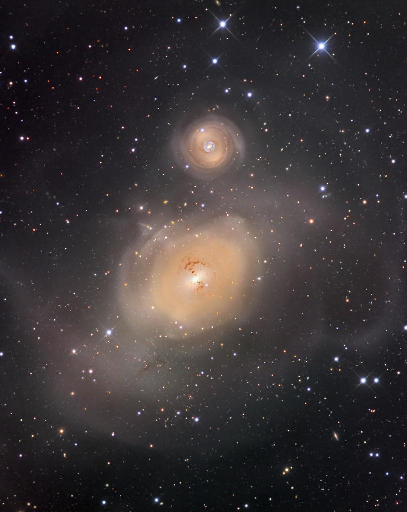 Après une collision de galaxies
