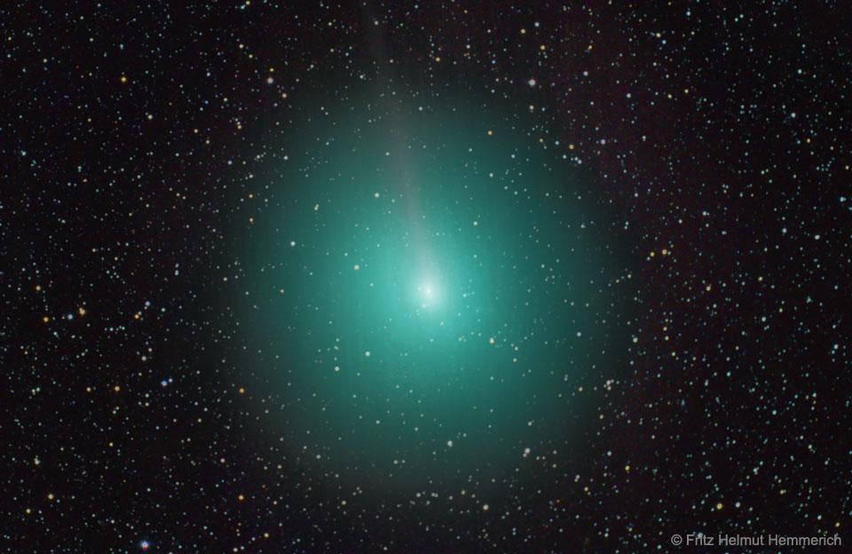 La comète 45P passe près de la Terre