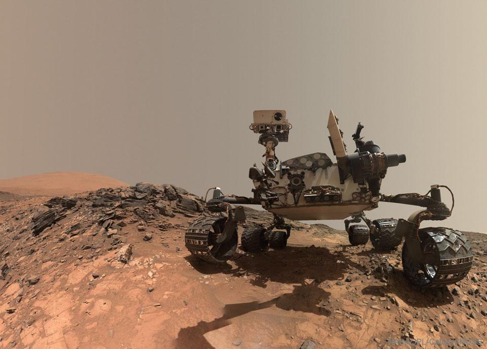 Le rover Curiosity prend un selfie sur Mars