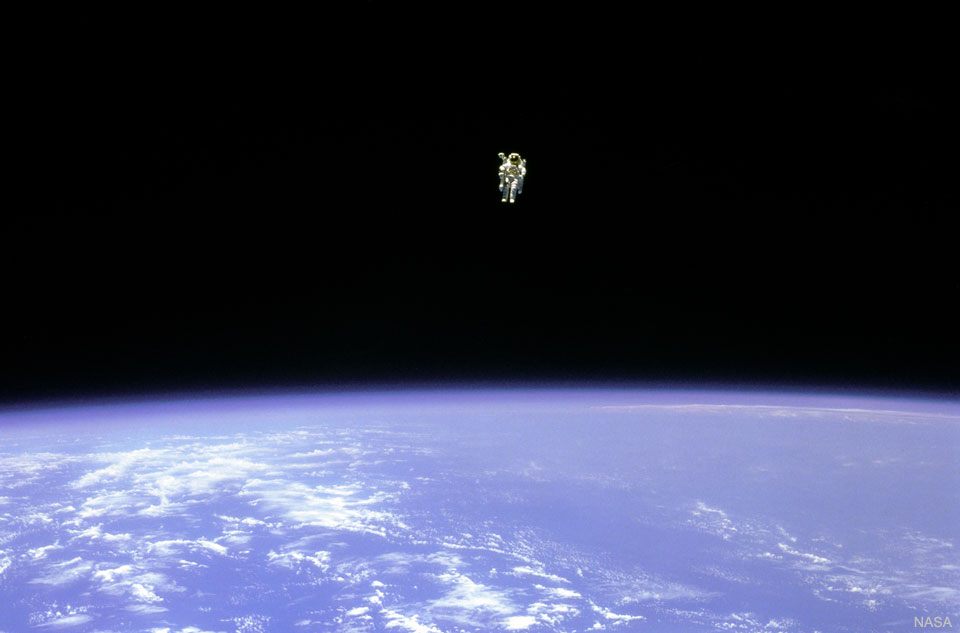 Flotter dans l\'espace