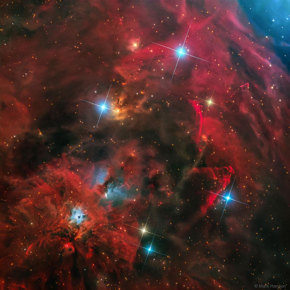 Arcs, jets et chocs près de NGC 1999