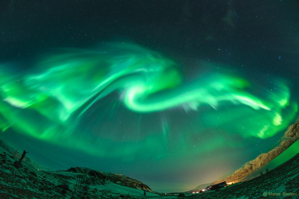 Dragon de lumière sur la Norvège