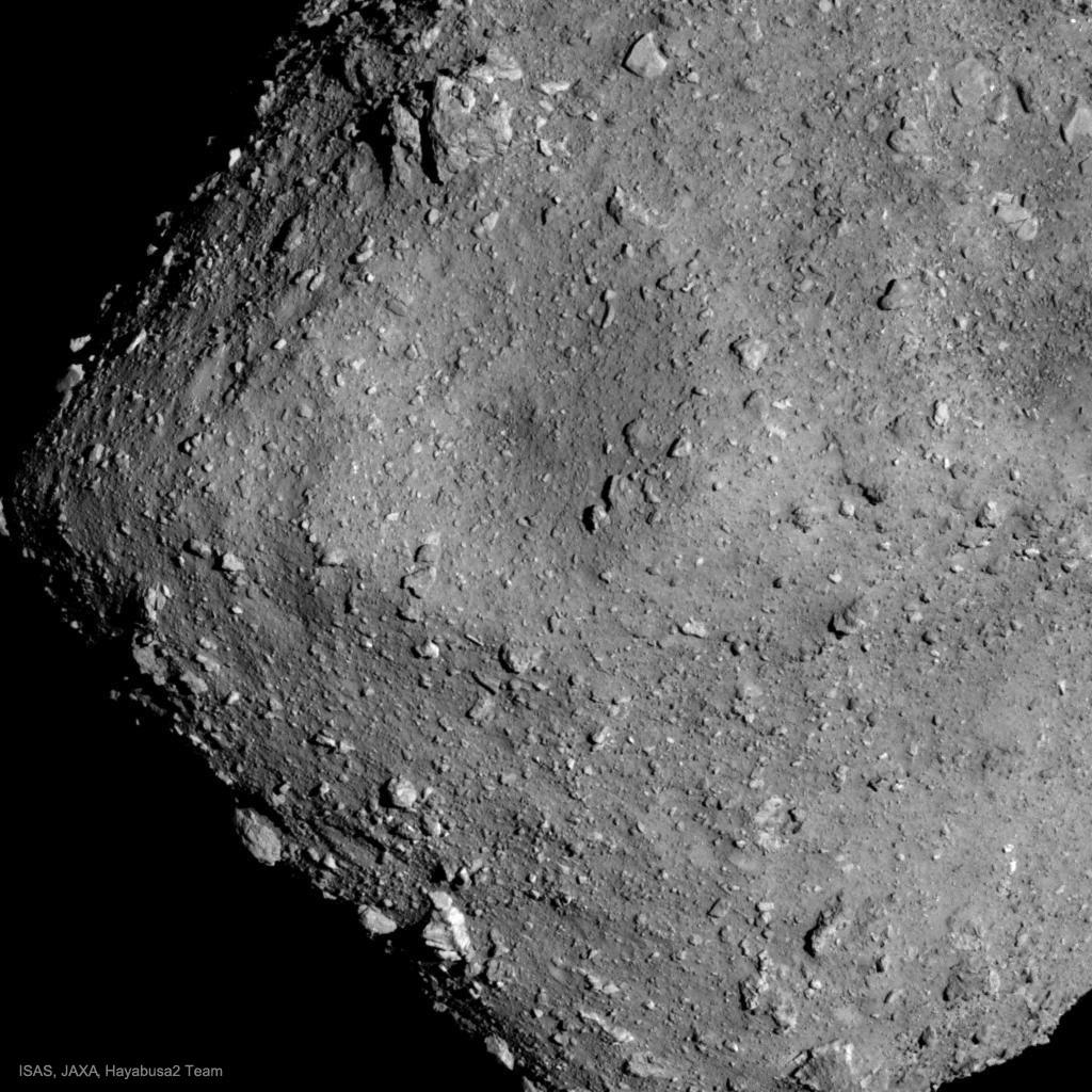 L\'astéroïde Ryugu vu par Hayabusa 2