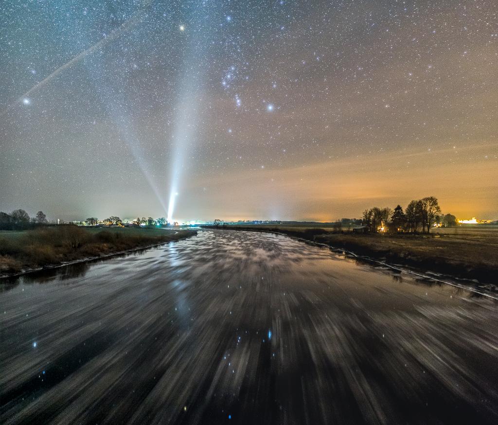 La rivière glacée qui mène à Orion