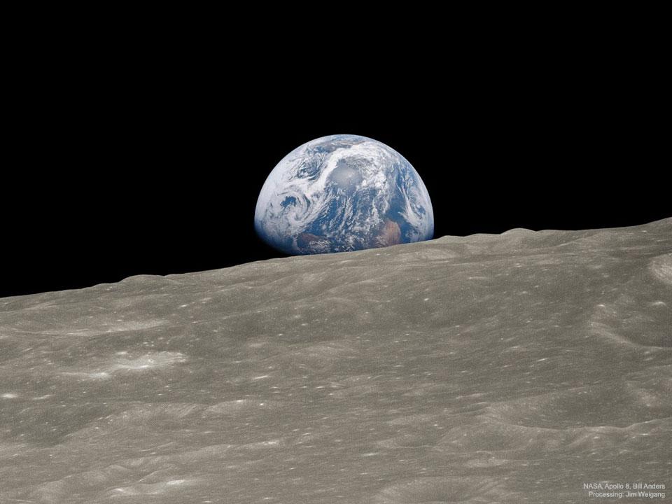 Premier lever de Terre, l\'image historique remasterisée