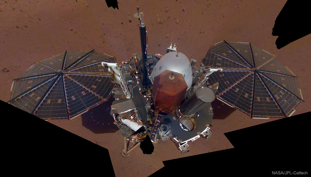 InSight prend un selfie sur Mars