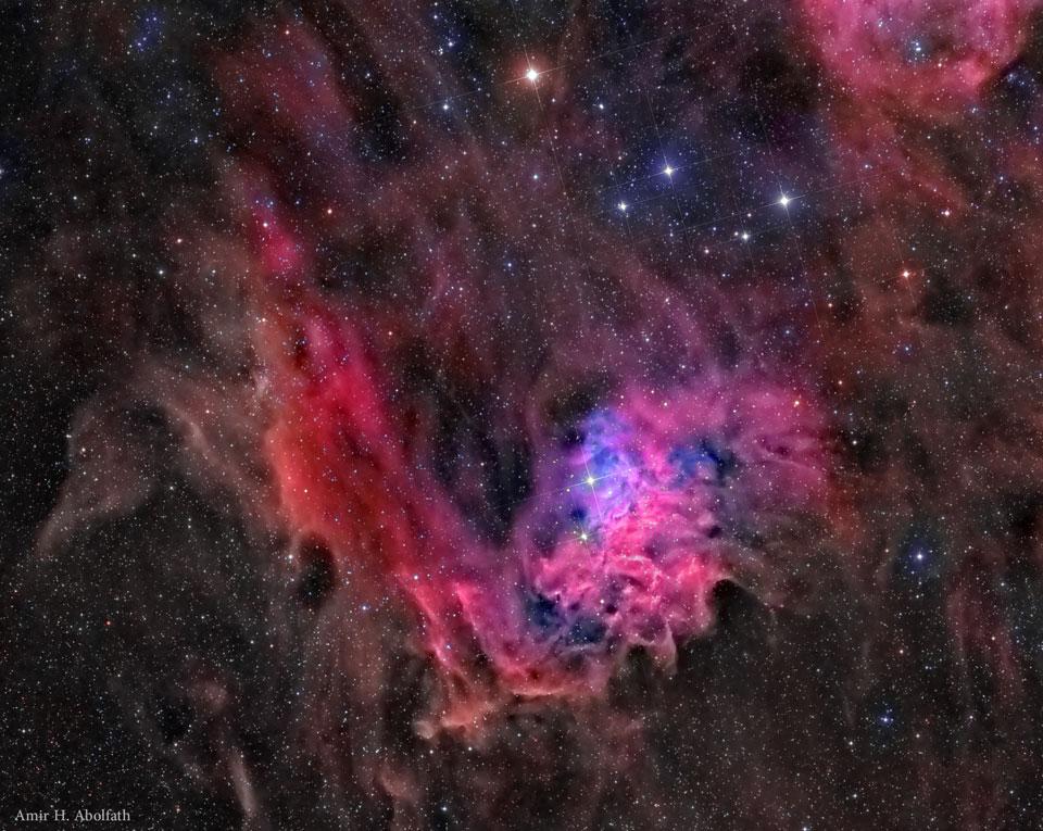 AE Aurigae et la nébuleuse de l\'étoile flamboyante