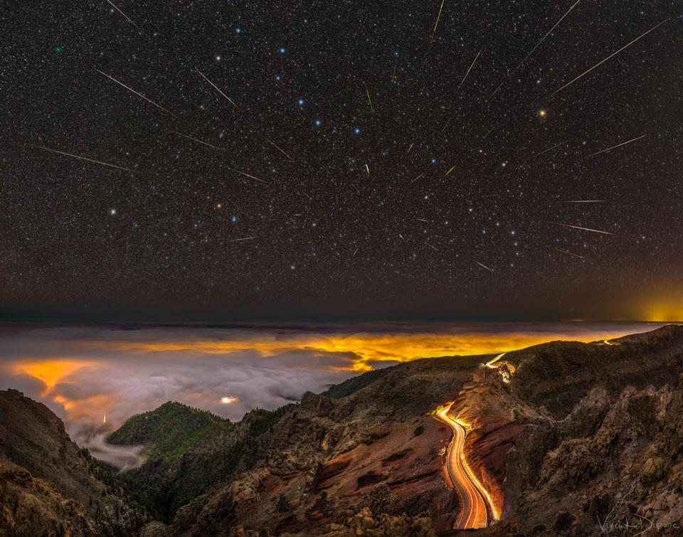 Météores, comète et Grande Ourse au-dessus de La Palma