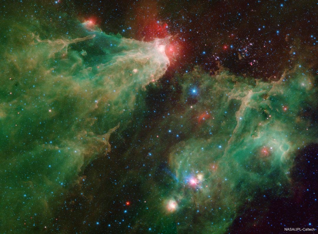 La nébuleuse de la Caverne vue dans l\'infrarouge par Spitzer