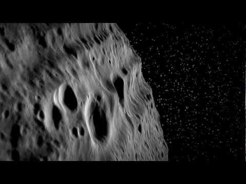 Survol virtuel de l\'astéroïde Vesta - L\'agence spatiale allemande a compilé des données altimétriques et des images obtenues par la mission DAWN pour réaliser cette animation