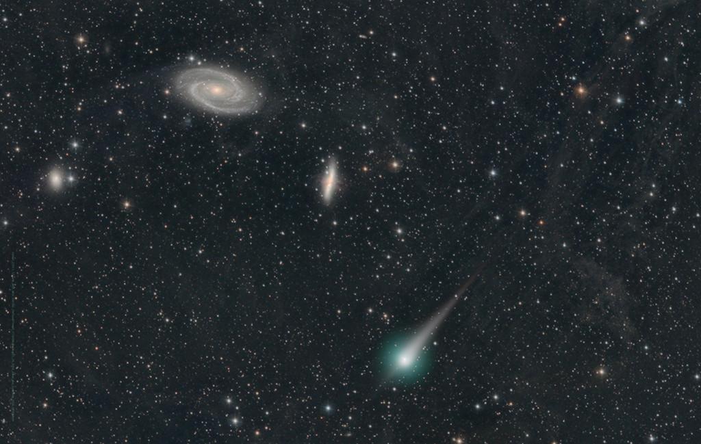 Une comète dans la Grande Ourse