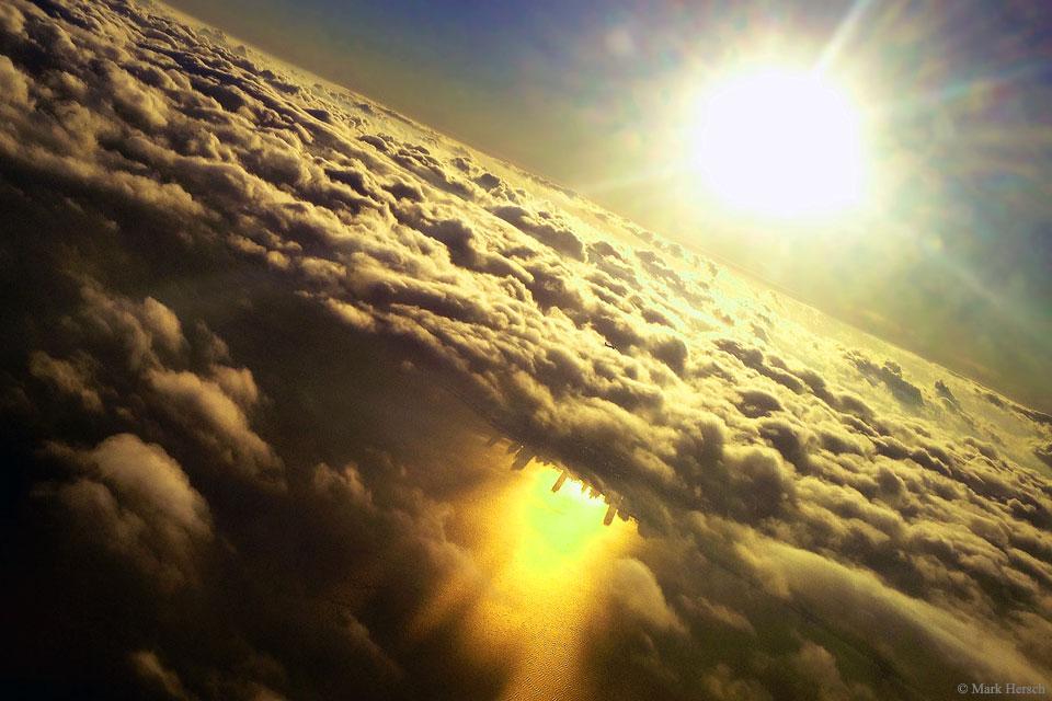 La cité sous les nuages
