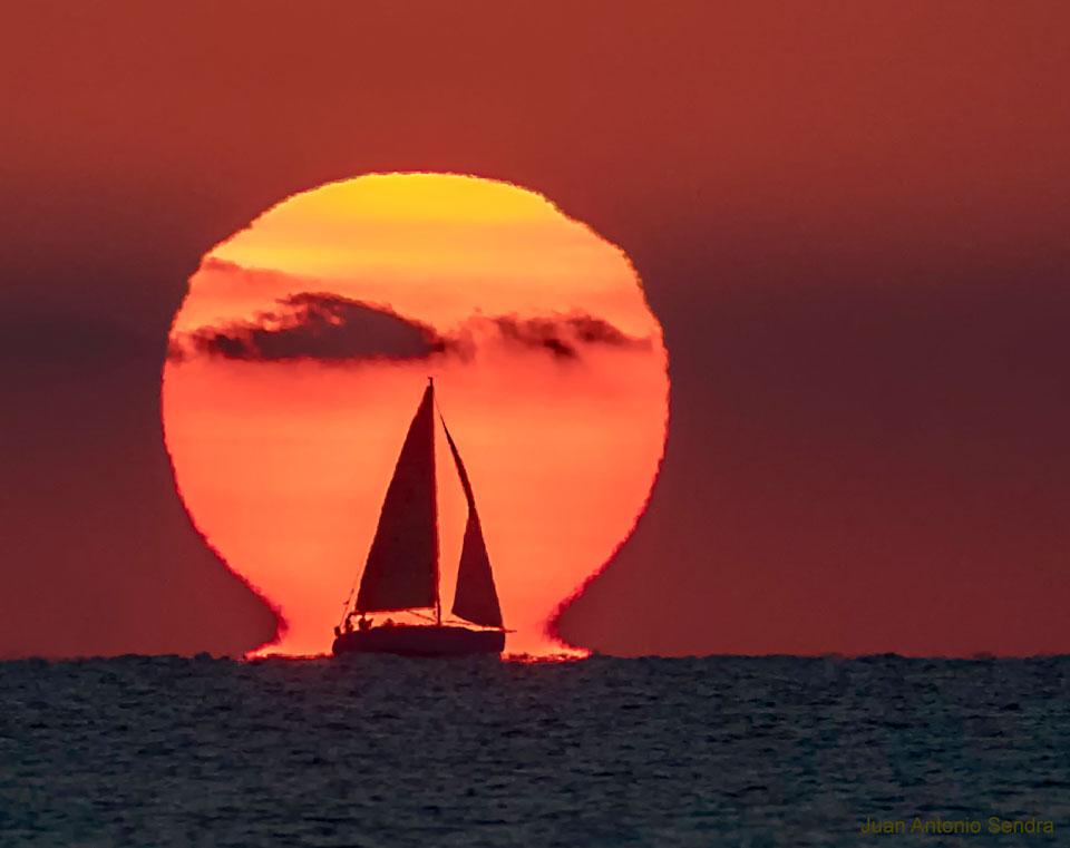 Lever de Soleil Omega